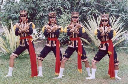 dolalak team